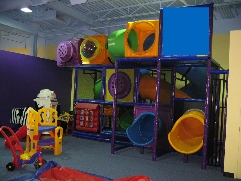 Amusement_Concepts_Tropical_Coloured Playground 2